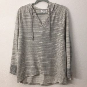 Liz Claiborne weekend hooded sweatshirt size L
